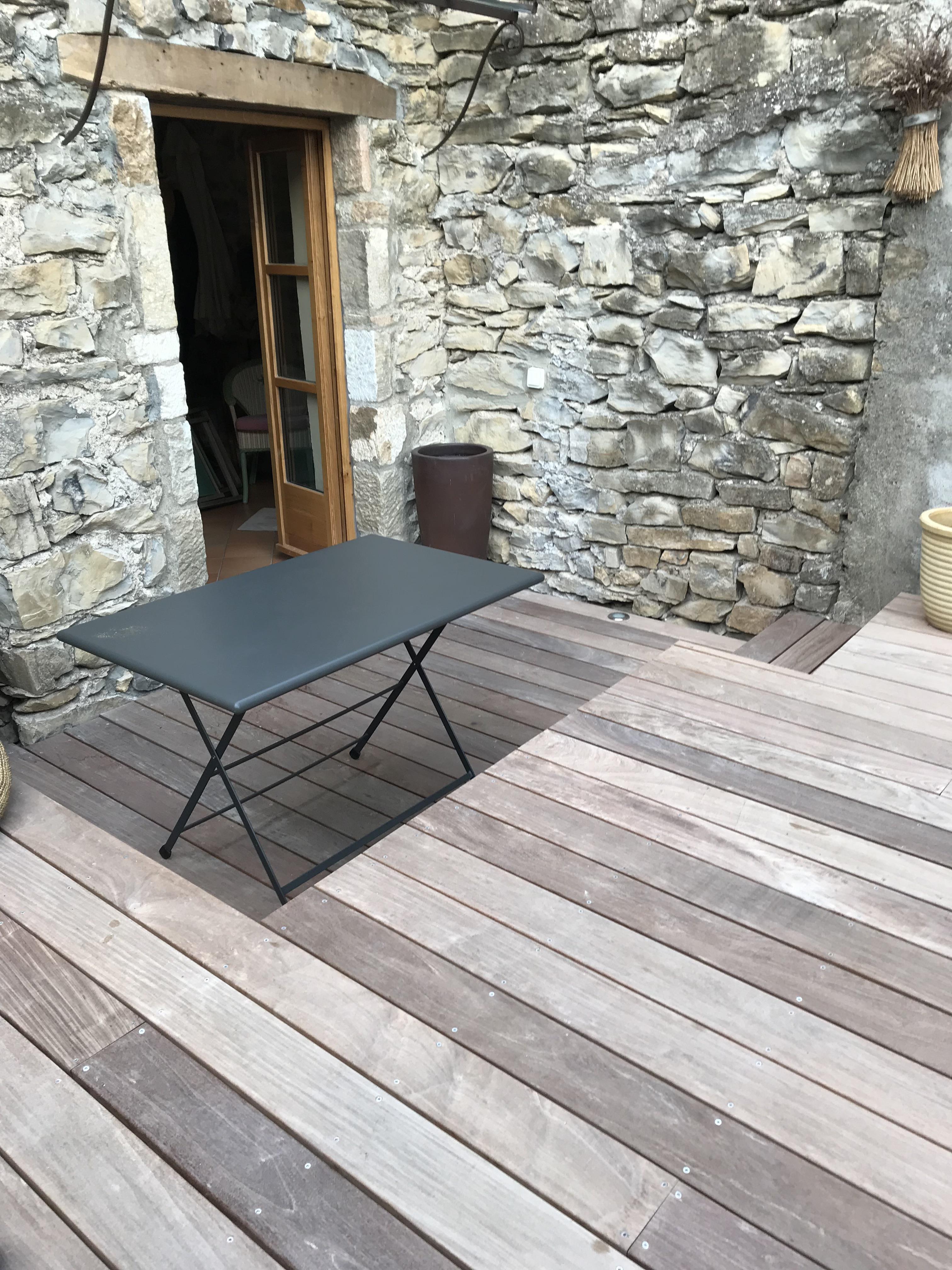 r alisation d 39 une terrasse bois ipe sur mesure vesseaux. Black Bedroom Furniture Sets. Home Design Ideas